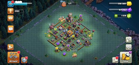 Selling - Clash of clans Level 131 Town hall 11 base for