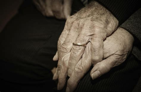 92-year-old man to marry woman of 91 after losing contact