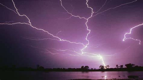Thunderstorm Screensavers Wallpapers (64+ images)